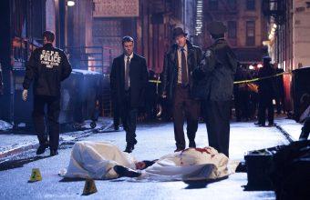 Gotham_pilot_AlleywayGothamTheater_3119_mini