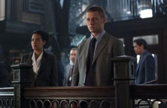 Gotham_107_GCPDBullpen_9576_hires2