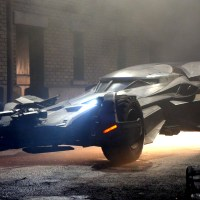 Get up close and personal with the 'Batman v Superman' Batmobile (photos and video)