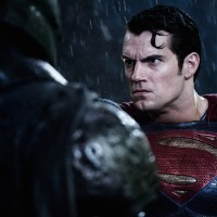 Henry Cavill confirms 'Justice League' start date, talks Superman diet (video)