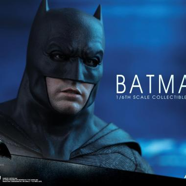 Hot Toys fully reveals Batman, Superman, and Batmobile figures from 'Batman v Superman'