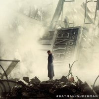 New 'Batman v Superman' image shows Bruce Wayne and a destroyed city