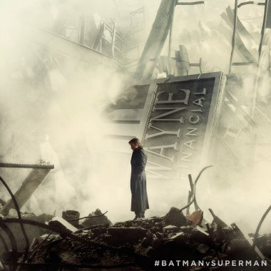 New 'Batman v Superman' image shows Bruce Wayne and a destroyed city