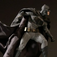 DC Collectibles line of 'Batman v Superman' statues released