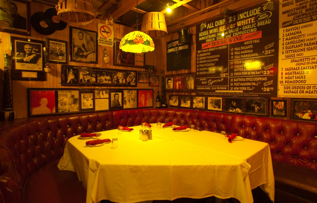 Finest Italian Restaurants Photo Gallery | Battistas Hole In The Wall