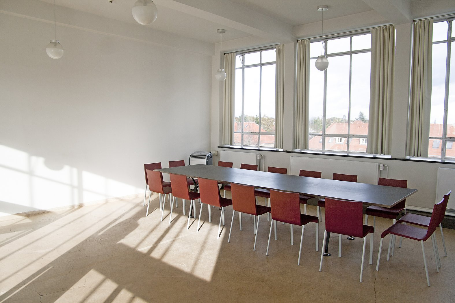 Fenster Bauhaus Event Rooms At The Bauhaus Building : Hire Rooms : Stiftung Bauhaus Dessau / Bauhaus Dessau Foundation