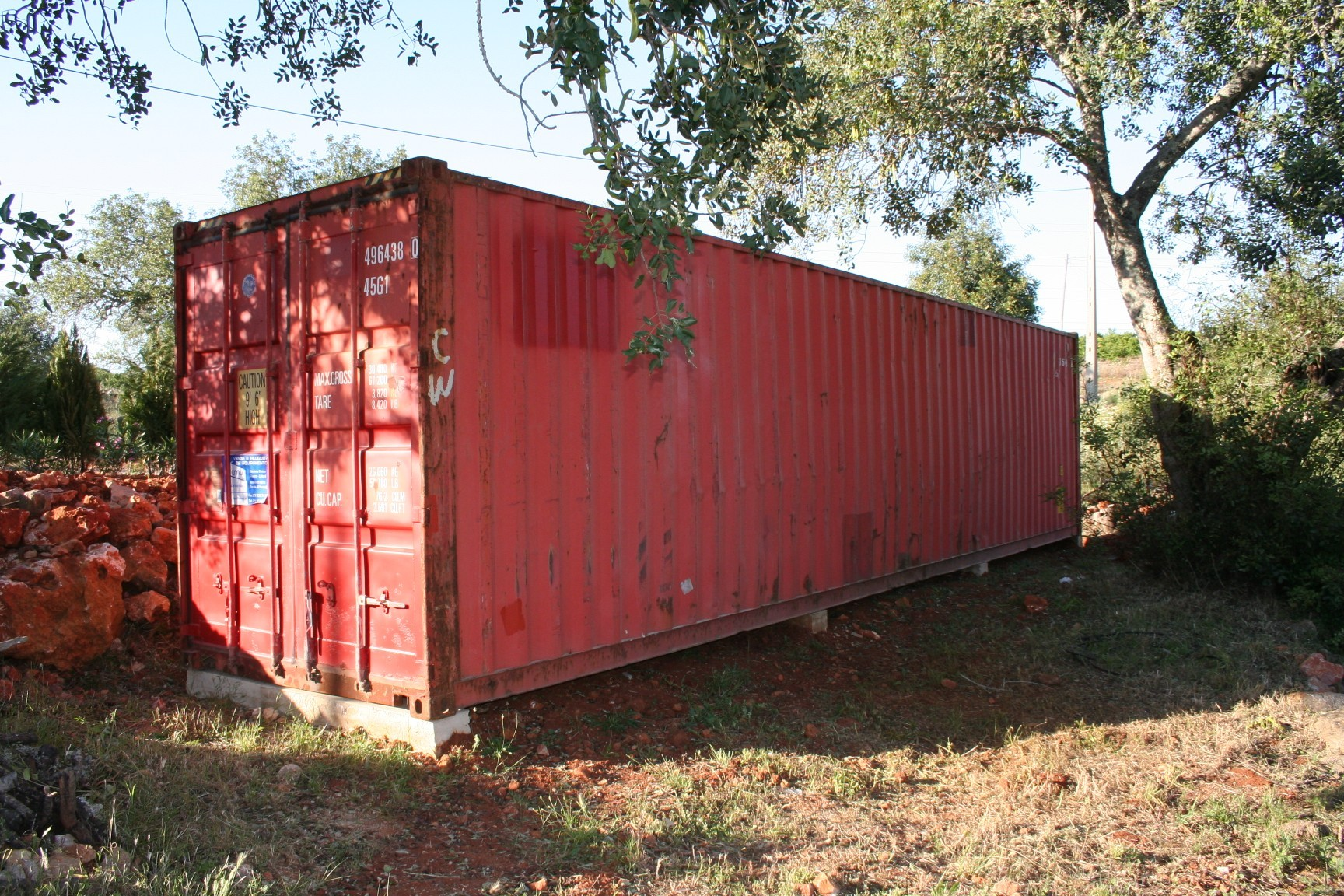 Container Haus Umbau Wohncontainer Nomad Living In Silves Sonnenschutz