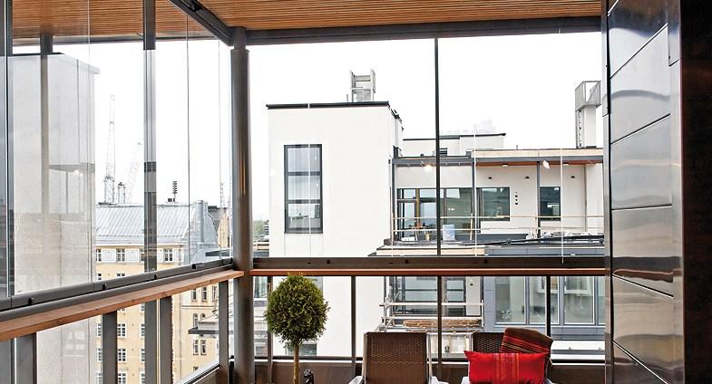 preis f r balkonverglasung bauen und wohnen in der schweiz