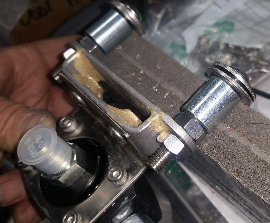 Fuel Filter Mounting Bracket Lovequilts Defender 110 130 Td5 Puma Mount Relocation Kit