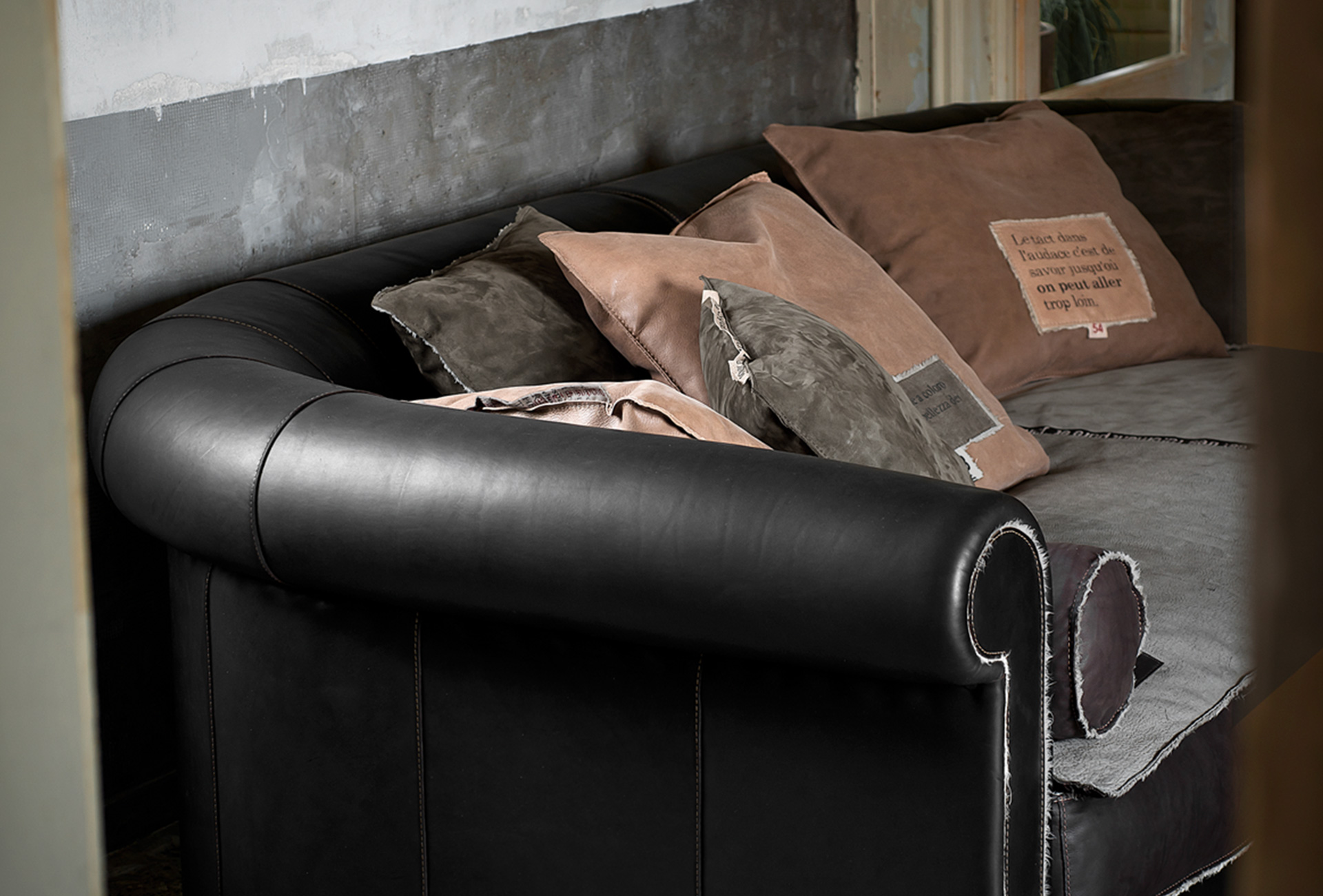 Baxter Sofa Hong Kong Leather Sofa Alfred Special Edition Trench Baxter