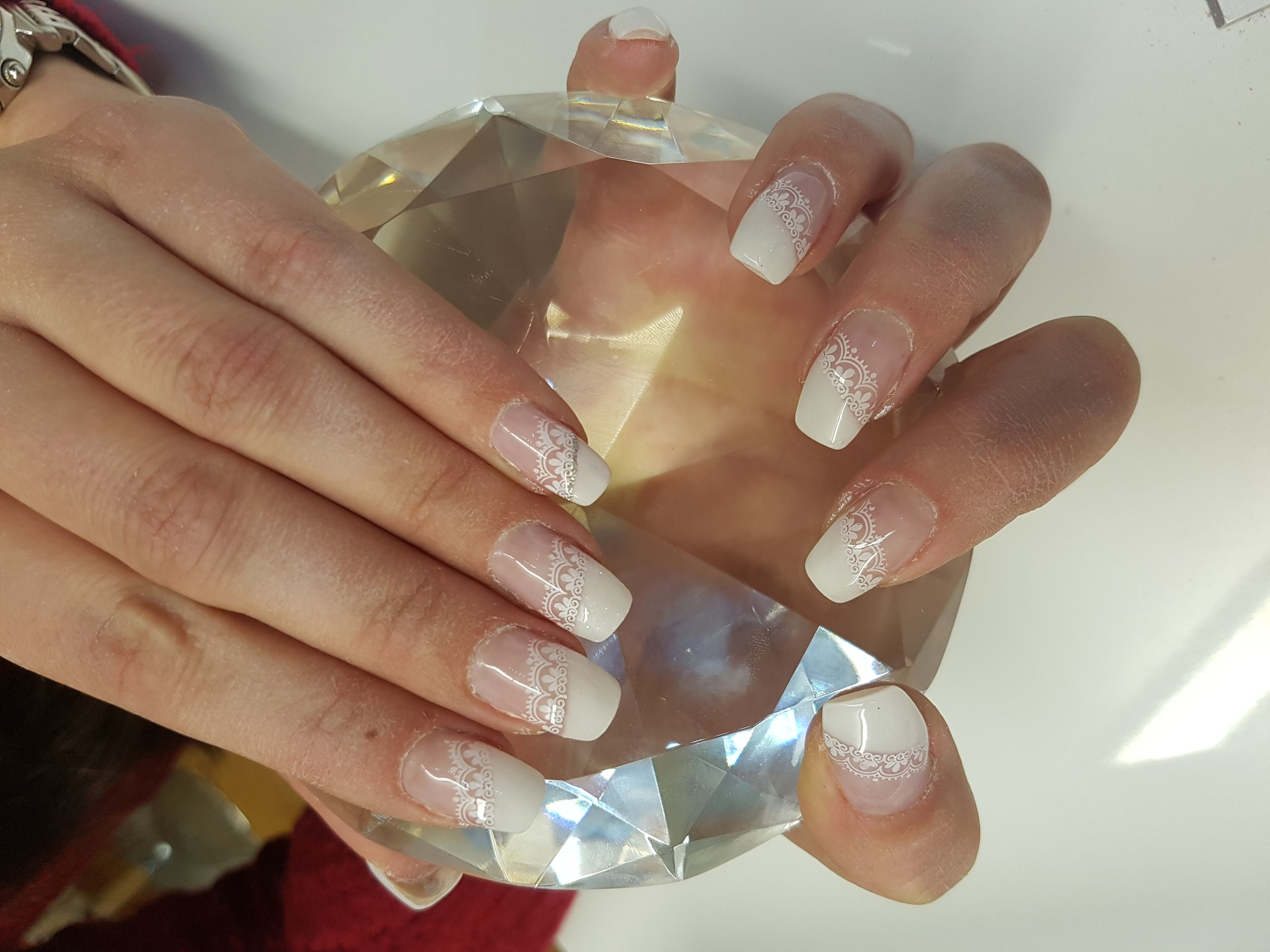 Coole Gelnägel Das Nagelstudio In St Gallen Diamond Nails