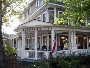 Claddaugh Inn Veranda