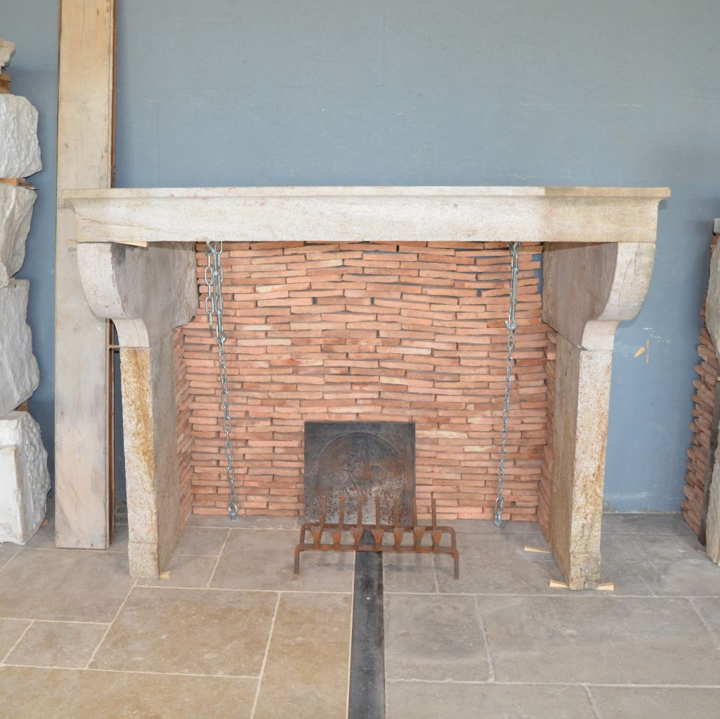 Old Farmhouse Fireplaces Antique French Farmhouse Fireplace
