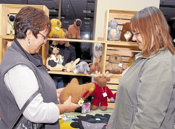 Shoppers seek the unique at craft fairs \u2014 The Weekly \u2014 Bangor Daily