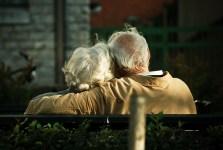 Sicher auch im Alter - doch können Selbständige weiterhin frei ihre Altersvorsorge wählen? (Bild: CC BY-SA 2.0)
