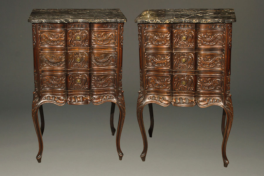 Pair Of Antique Marble Top Commodes - Commode Table