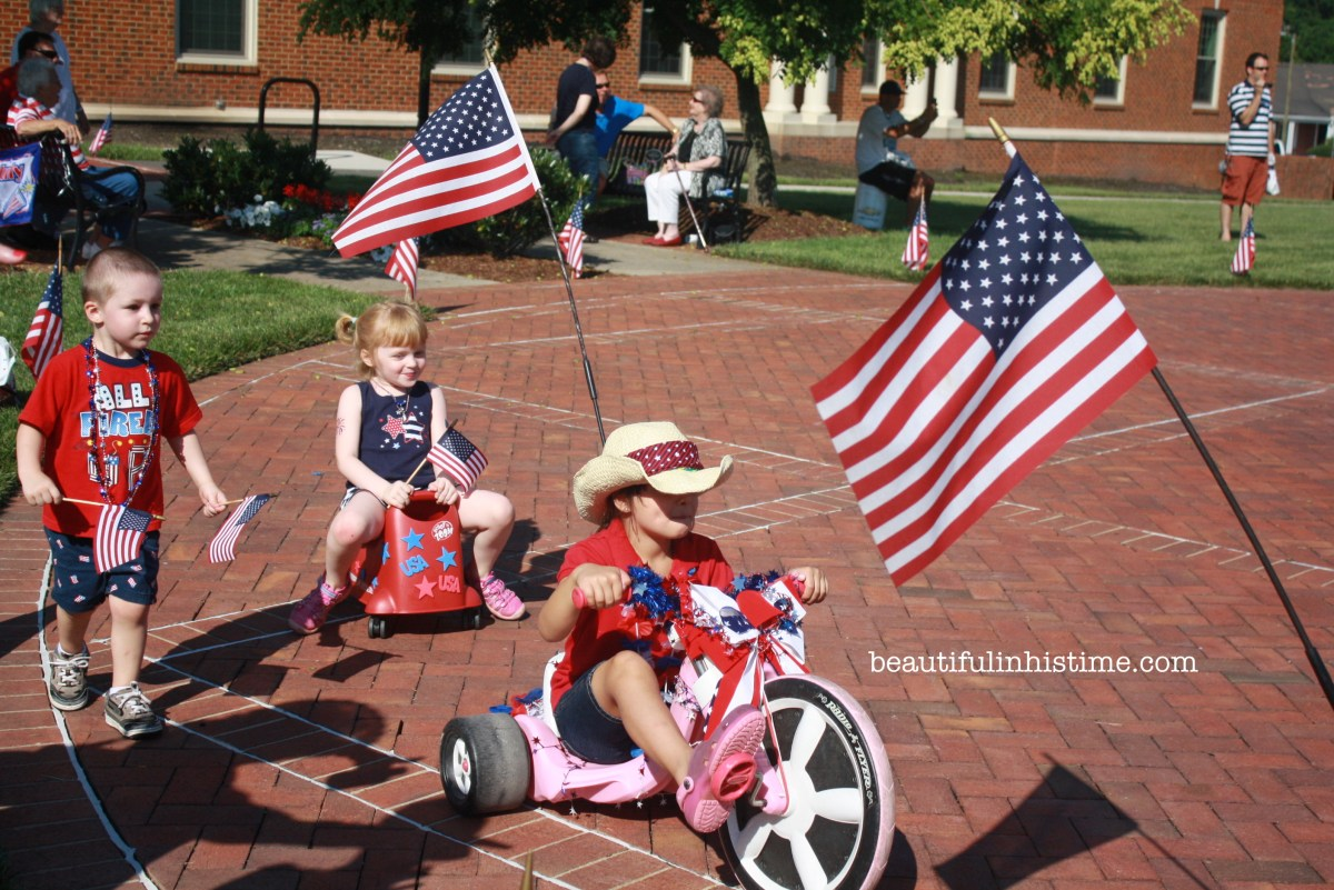 Miss Mary's 4th of July Children's Parade ~ Kernersville, NC