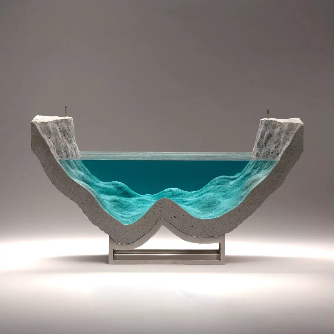 Ben Young Sculptures Amazing Glass Wave Sculptures By Ben Young