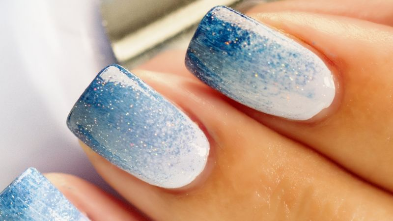6 Ombre Nail Designs That You Can Create At Home