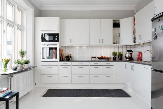 White kitchen cabinets with white appliances, tips and photo - white kitchen cabinets