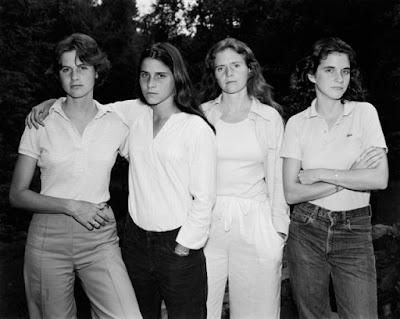 4 Sisters Photographed Every Year for 40 Years