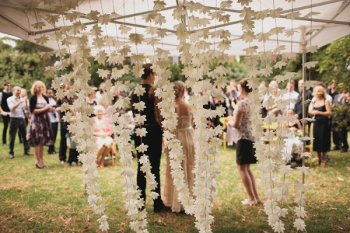 paper-garland-wedding-decoration