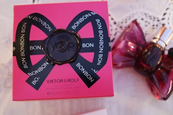 Bon Bon är riktigt fin med flaskan som ser ut som en rosett