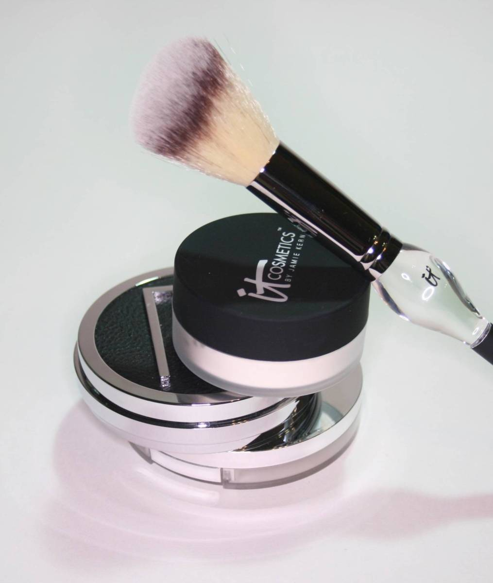 Three Non-Chalky Mattifying Powders