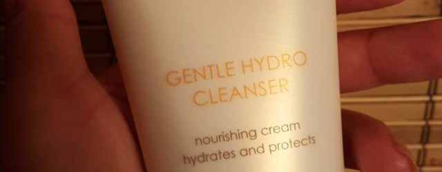 Clarisonic Hydro Cleanser 1