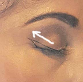 Winged Eyeliner Step 2