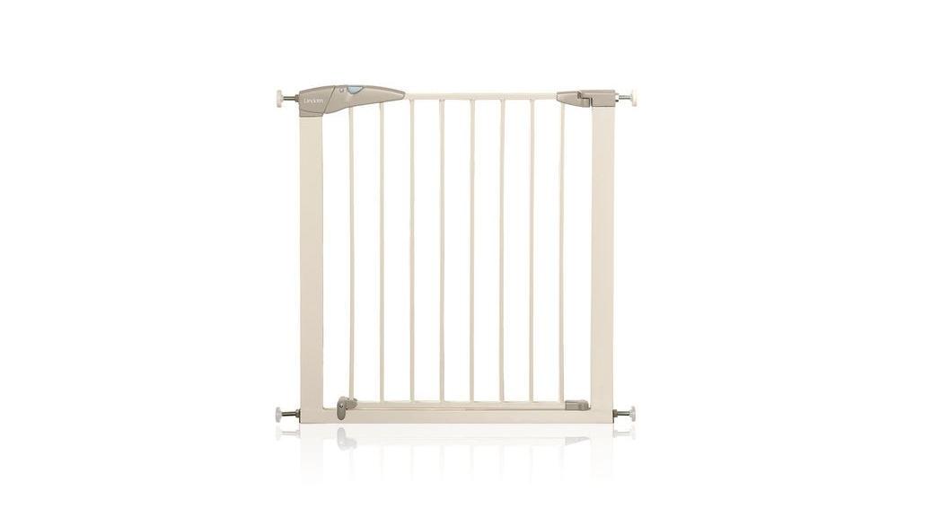 C mo elegir la mejor barrera de seguridad para puertas y - Barrera escalera ninos ...
