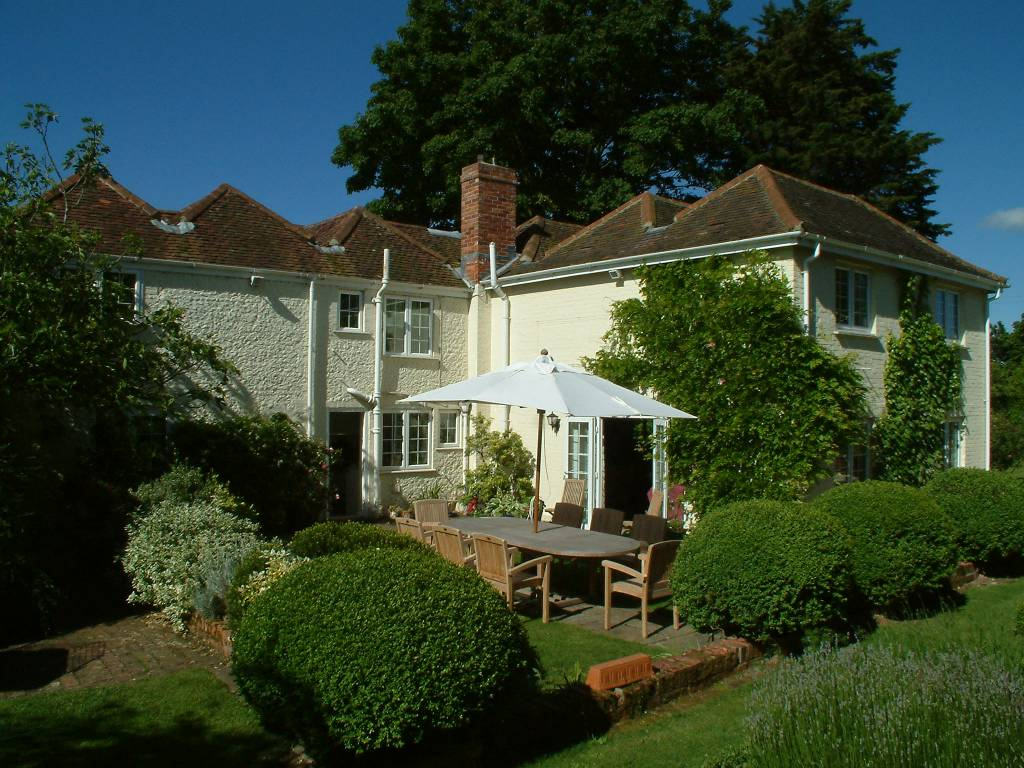 Bed And Breakfast Petersfield Hampshire Lower Chapters Petersfield Ref 0107 Bed And Breakfast Nationwide