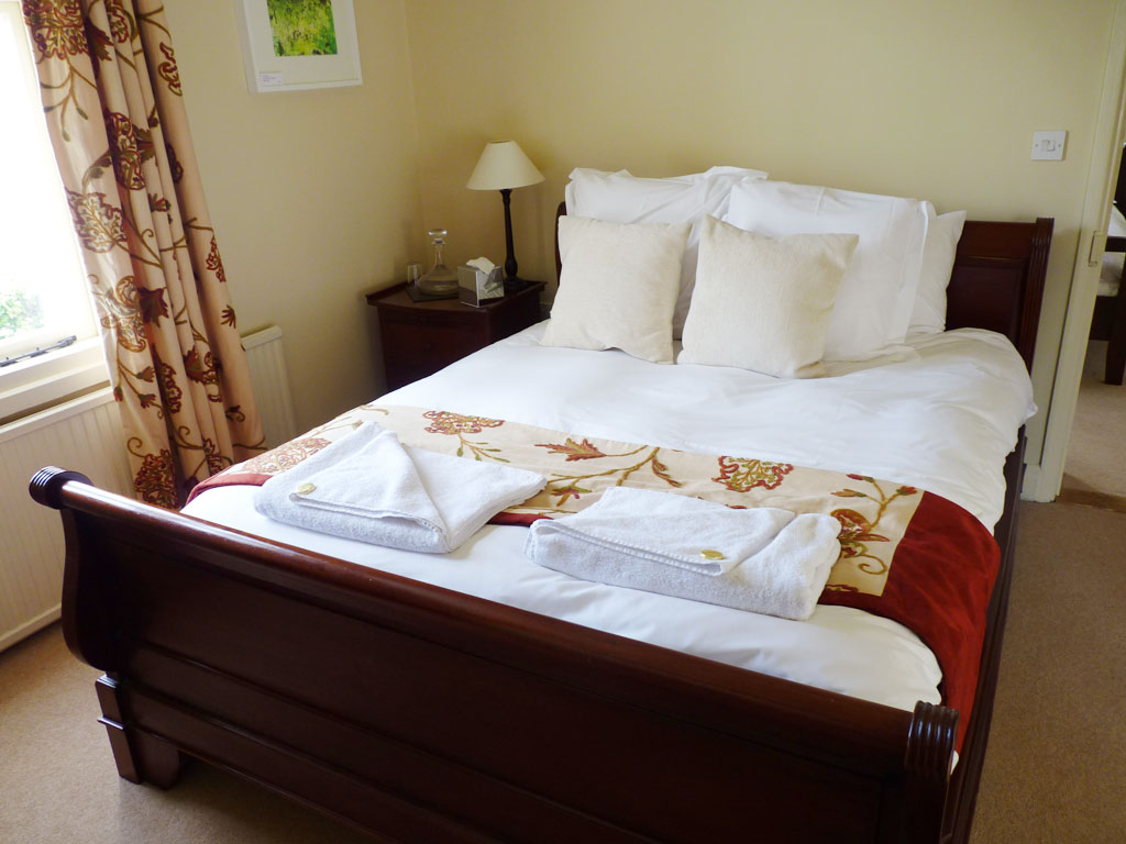 Bed And Breakfast Petersfield Hampshire The Hawkley Inn Liss Hotel Details Bed And Breakfasts Guide