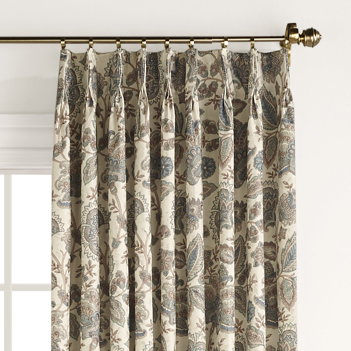 Draping Curtains Pleated Curtains Pleated Drapes Altmeyer S Bedbathhome