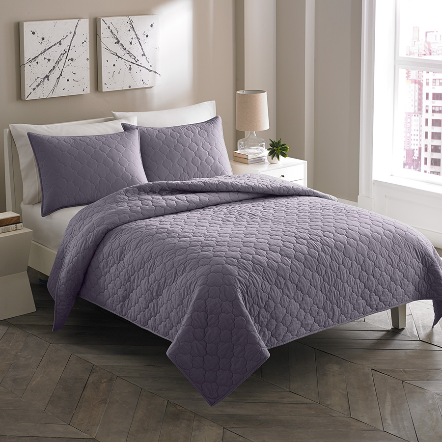 Queen Daybed City Scene Moroccan Medallion Shadow Purple Quilt Set From