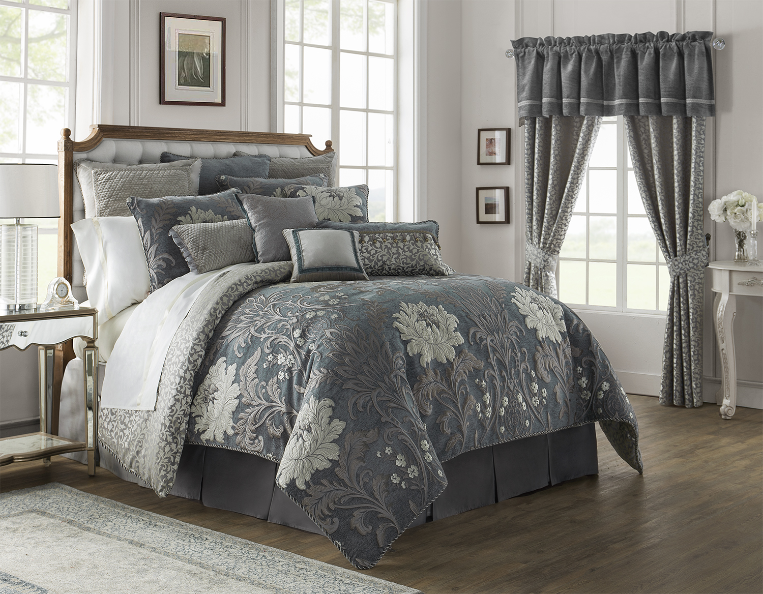 Queen Daybed Ansonia Pewter By Waterford Luxury Bedding