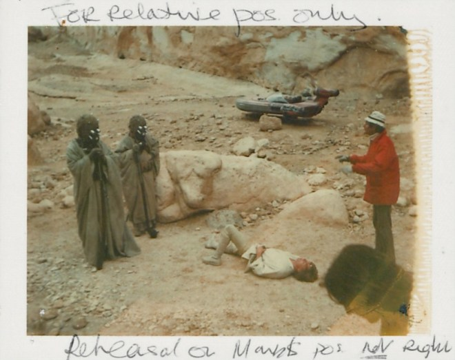 star-wars-1977-014-polaroid-visual-reference-of-luke-skywalker-han-solo-chewbacca-escape-route-down-garbage-chute-SW34V-c