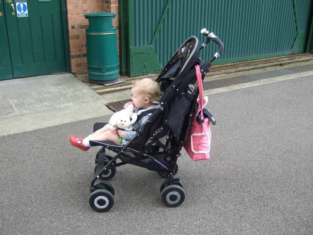 Maclaren Stroller Uk Reviews Review And Competition Maclaren Techno Xt Pushchair Being