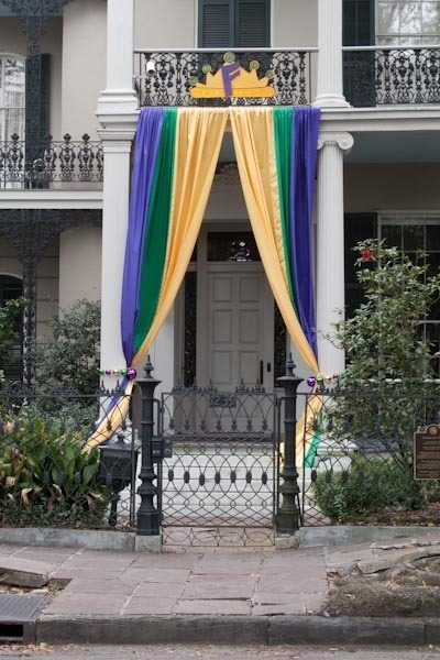 http://www.curbly.com/users/diy-maven/posts/14679-take-a-tour-my-architectural-photos-of-new-orleans-during-mardi-gras