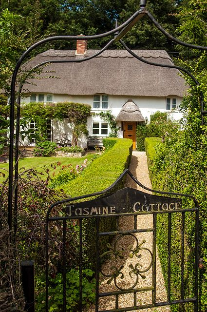 Jasmine Cottage in Alderbury, Hampshire Photo by Anguskirk on Flickr
