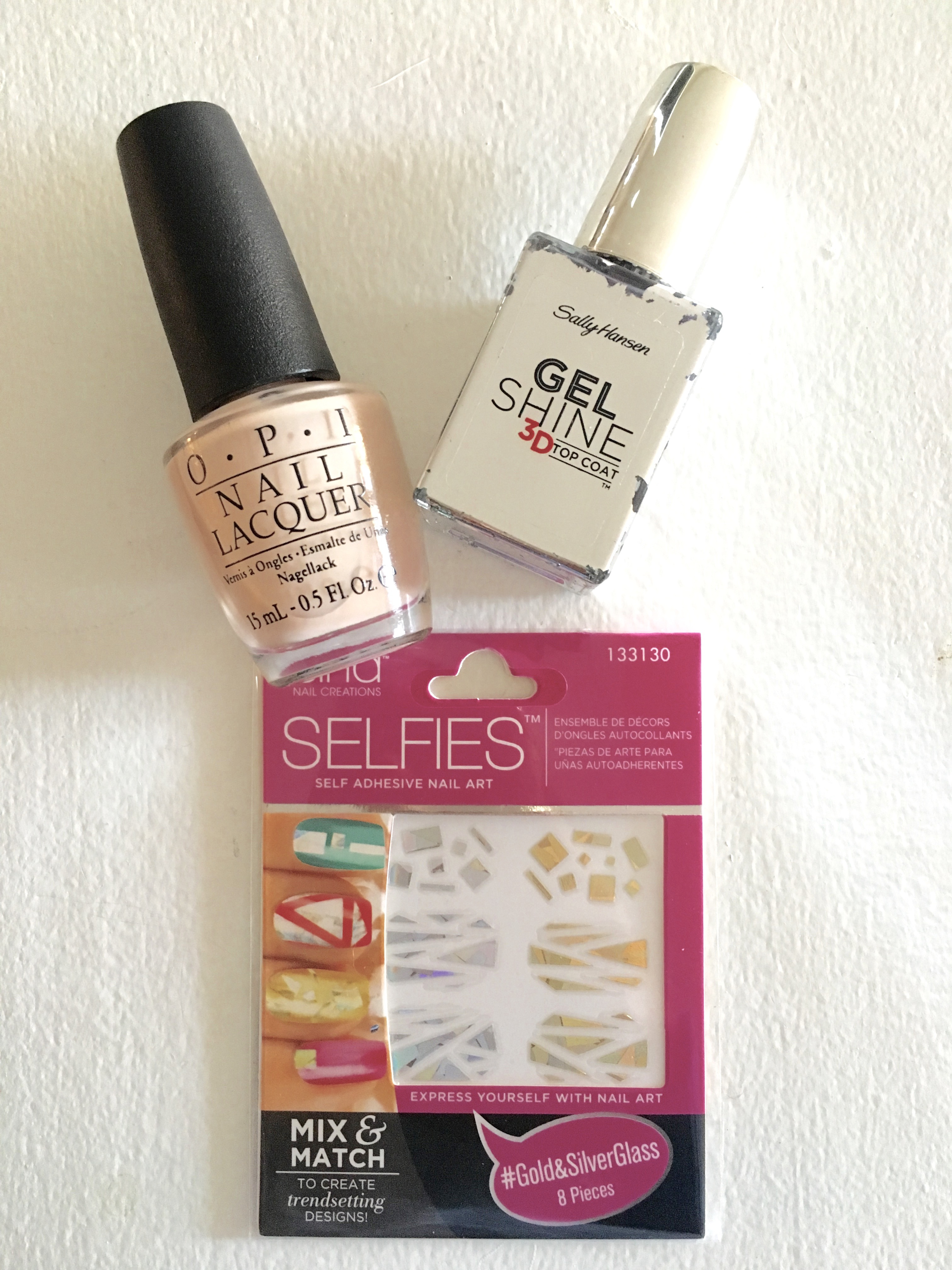 Arte Express Yourself D I Y Shattered Glass Manicure The Bellezza Corner By Amanda