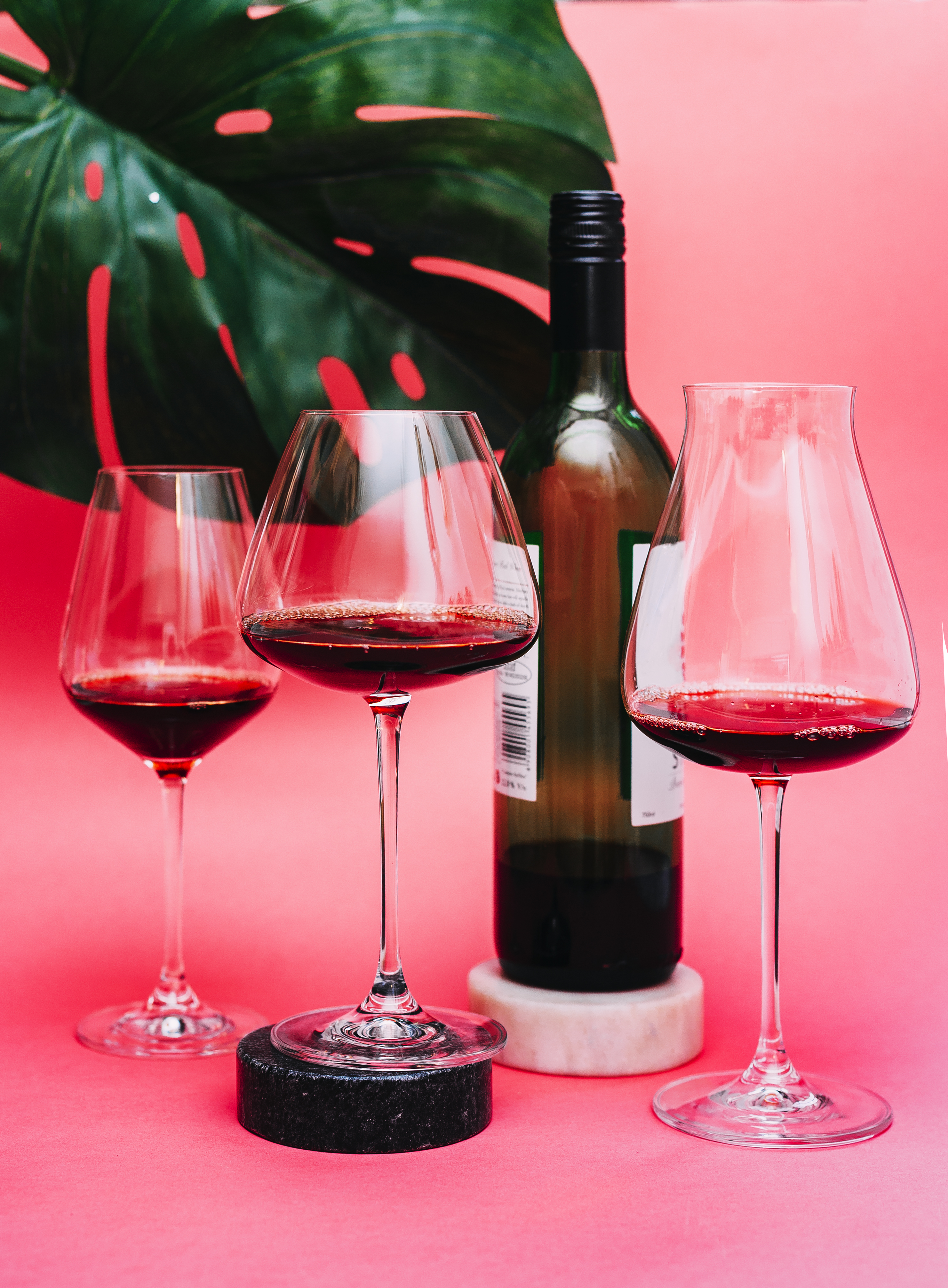 Flat Bottom Stem Wine Glasses The Lowdown On Wine Glasses Which Glass Pairs With Which Pour