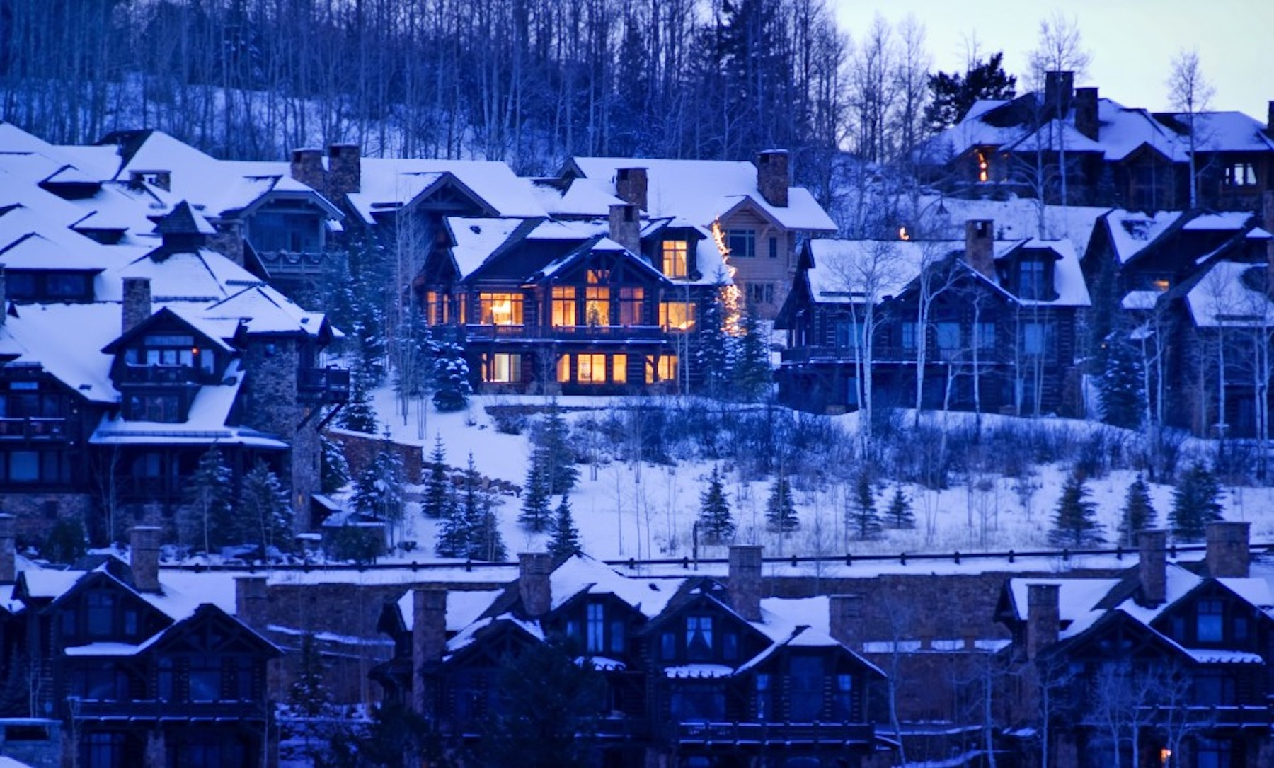 Tivoli Lodge Vail This Ultimate Skiing Destination Is More Than Just The Slopes