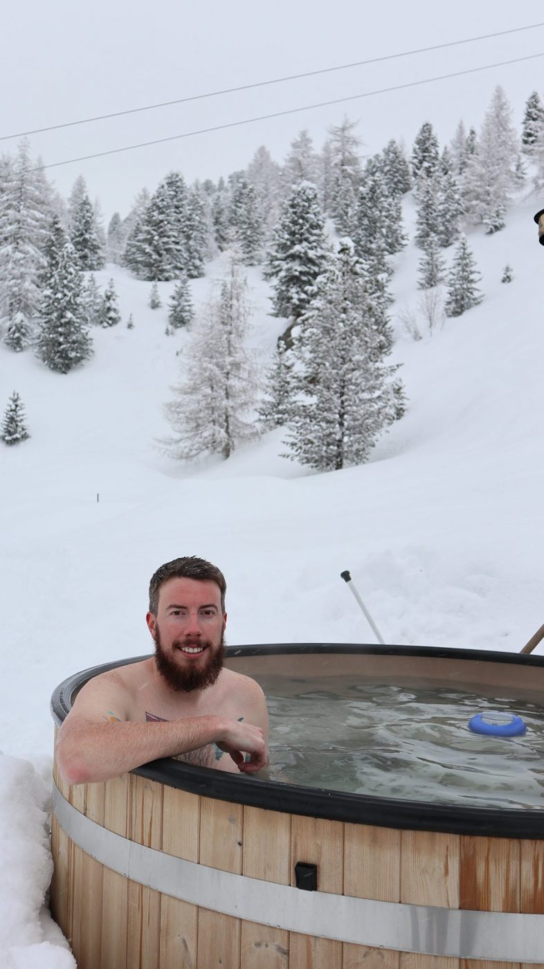Jacuzzi at Mountain Igloo Speikboden, Ahrntal, South Tyrol