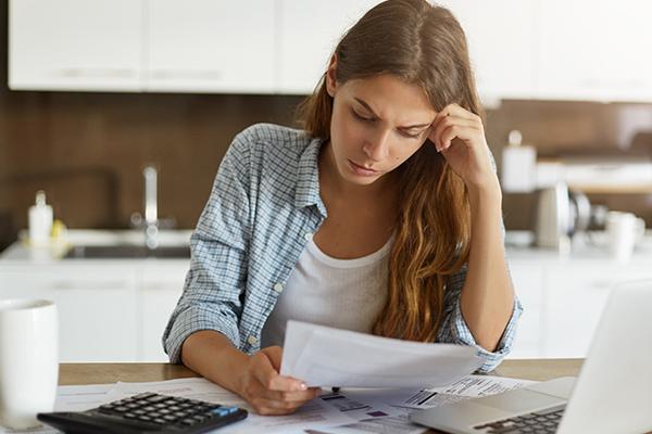 How do I manage my finances during divorce? - Divorce Lawyer
