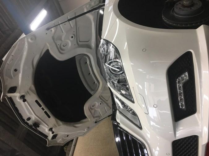 W212のエアサスポンプ交換
