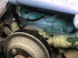 W203のクーラント漏れ