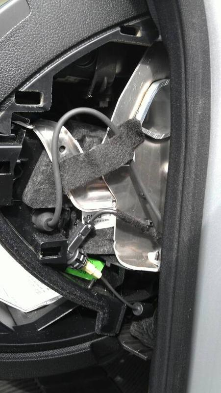 Car Jack Iphone Aux To 3.5mm Jack - Mercedes-benz Forum
