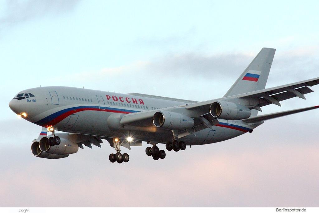 Rossiya Ilyushin Il-96-300 RA-96021