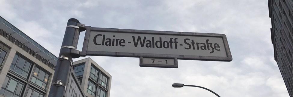 Claire Waldoffek kalea du Mitten. Moabiten pasealeku bat ere bai.